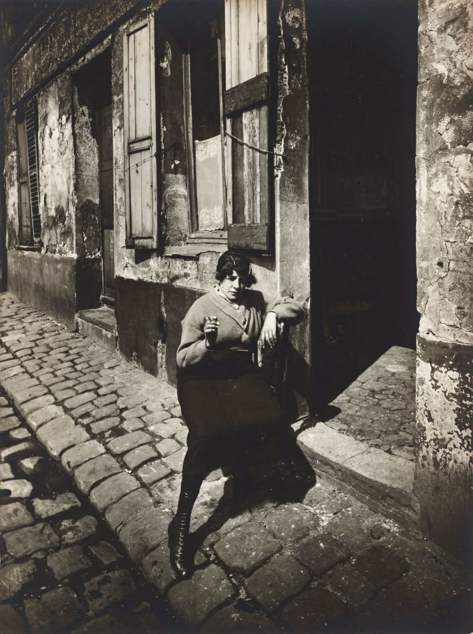 Paris seen by Eugene Atget and the pioneers of Street Photography